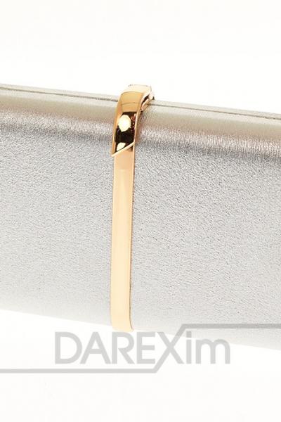 strieborna listova kabelka so zlatym zapinanim