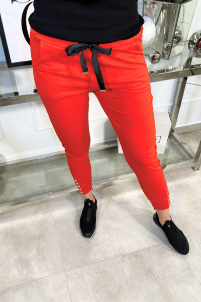 cervene teplakove nohavice