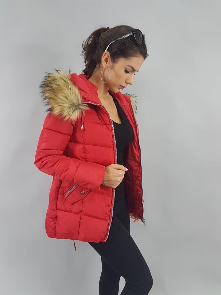 cervena zimna bunda