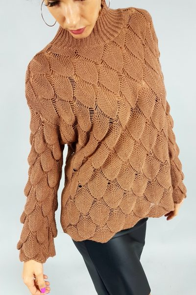 hnedy sveter