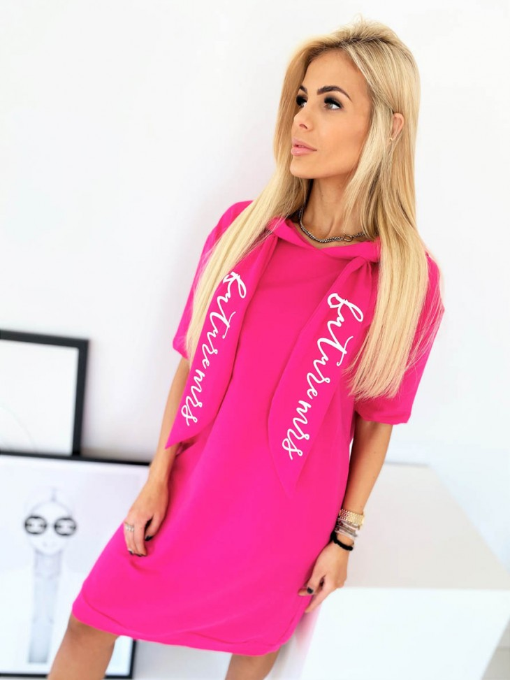 pink saty